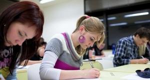 Neuspješan popravni rok: Na državnoj maturi palo 4.000 učenika